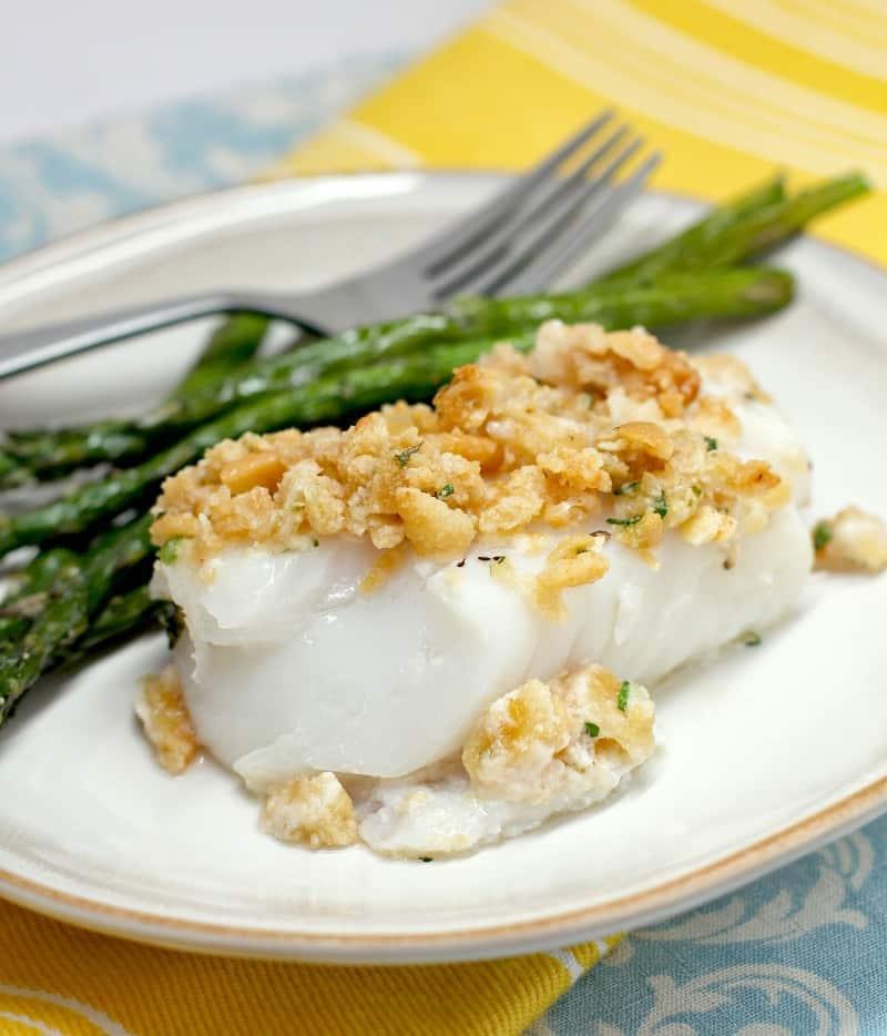 plated cod dinner with asparagus