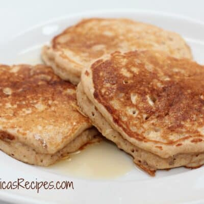 Preworkout Oatmeal Buttermilk Pancakes