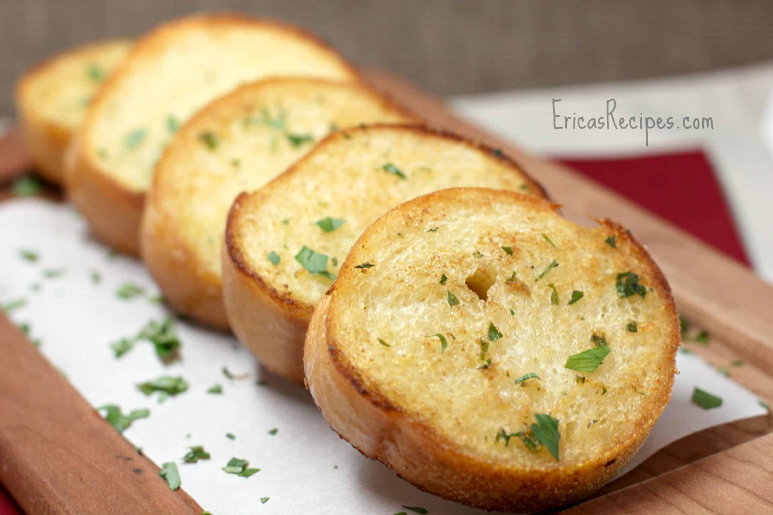 Roasted Garlic Texas Toast - Erica's Recipes