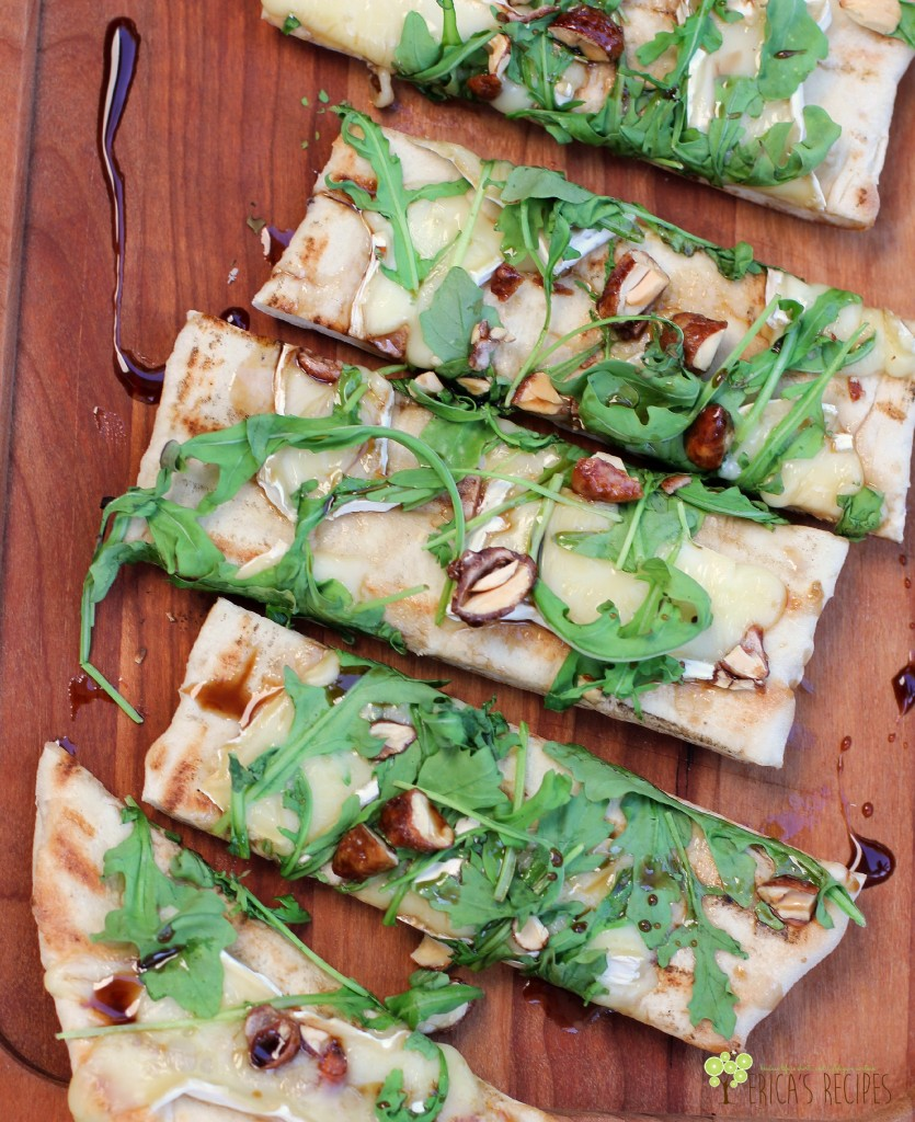 Grilled Flatbread with Brie, Arugula, Candied Nuts, and Balsamic-Honey Drizzle 3W