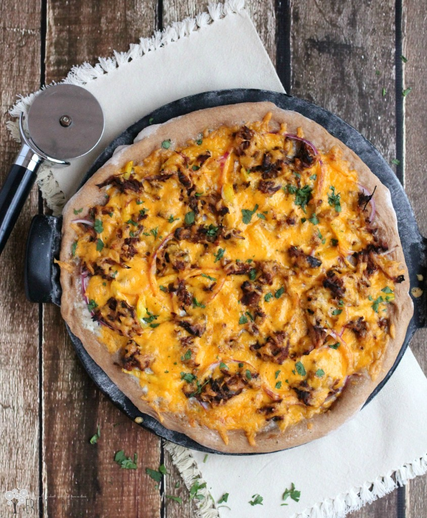 Slow Cooker Barbecue Pulled Pork Pizza