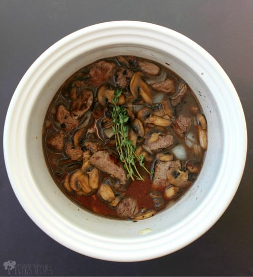 Crockpot Beef Tips with Wine and Thyme 1a