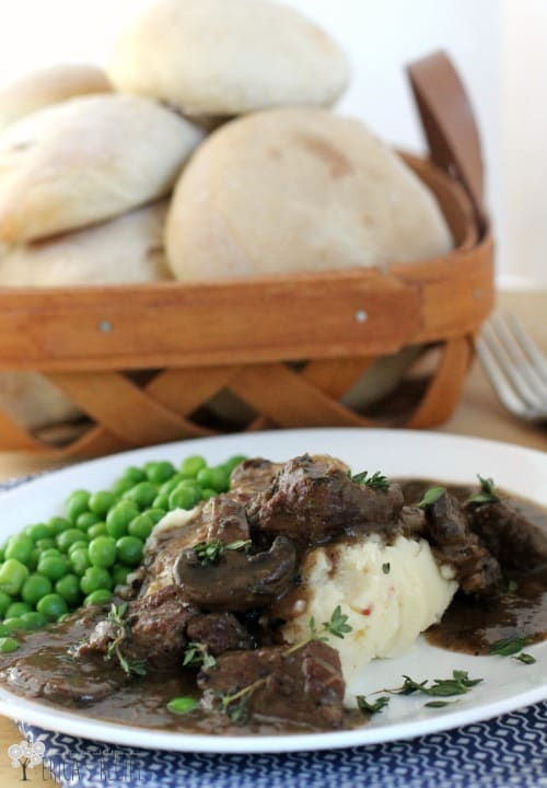 Crockpot Beef Tips with Wine and Thyme