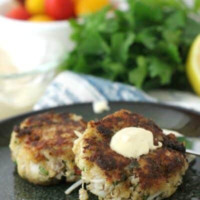 Crab Cakes with Dijon-Horseradish Aioli