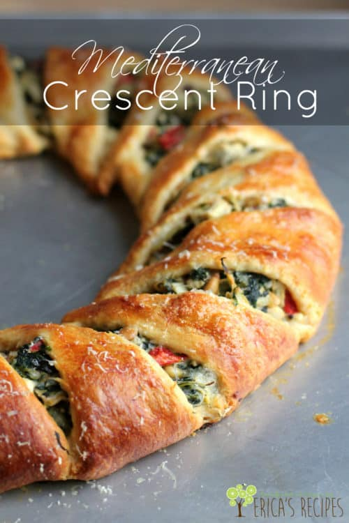 Mediterranean Crescent Ring #thanksgiving #holiday #christmas #vegetarian #recipe #entertaining