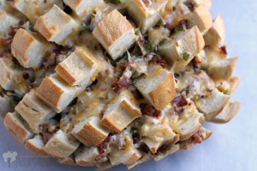 Cheesy Bacon Jalapeno Popper Crack Bread