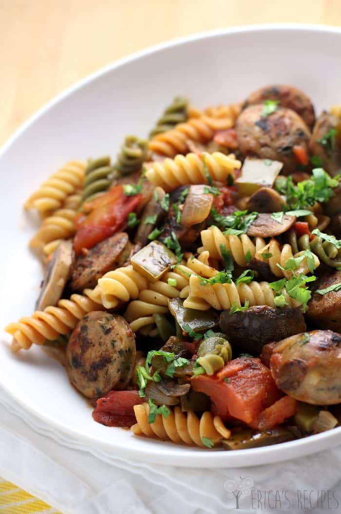 Healthy, Weeknight Sausage and Pepper Pasta
