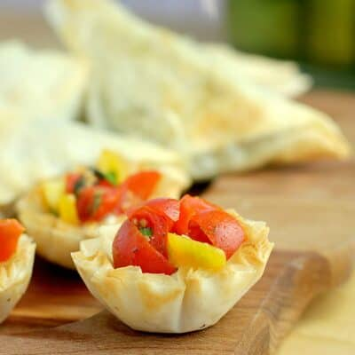 Mini Bruschetta Tarts with Dijon Cashew Cream