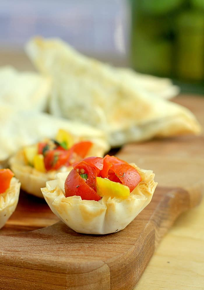 Mini Bruschetta Tarts with Dijon Cashew Cream http://wp.me/p4qC4h-3yQ