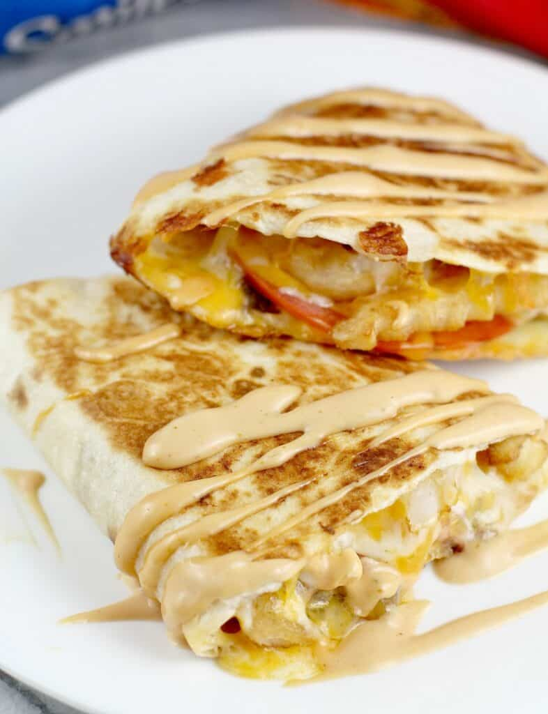 finished quesadilla, close view with burger sauce drizzled over